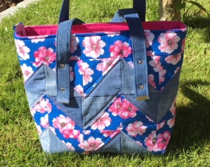 Patchwork Zipped Tote Bag
